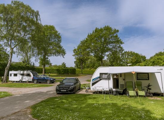 5 star caravan touring site at Pearl Lake Herefordshire