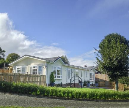 Residential park homes in Wales 5 stars