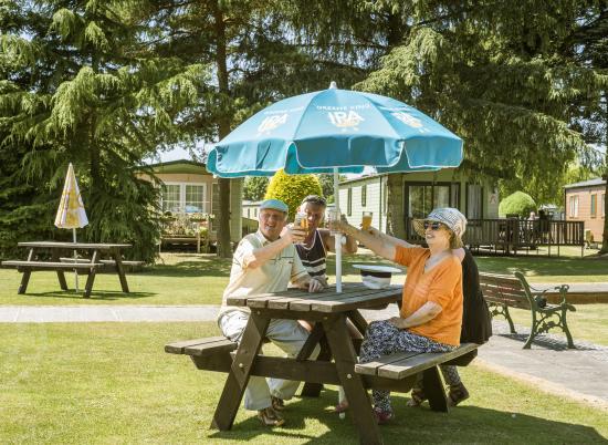 Lakeside Bar at Pearl Lake 5 star caravan holiday park, Herefordshire