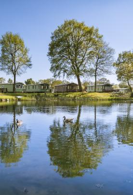 5 star holiday park Pearl Lake, Herefordshire