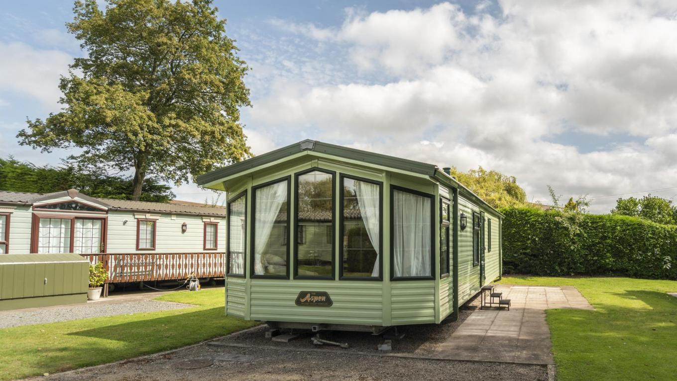 Willerby Aspen for sale at Pearl Lake photo