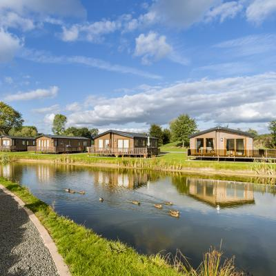 Arrow Bank peaceful 5 star caravan holiday park